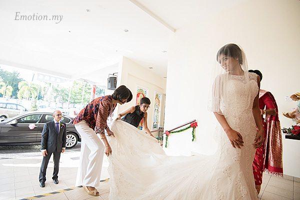 church-wedding-malaysia-gown-nigel-karina