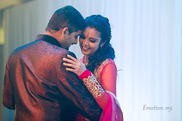 wedding-reception-photography-malaysia-first-dance-vimal-vimala