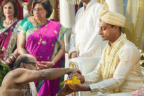 ceylonese-wedding-ceremony-kuala-lumpur-malaysia-groom-string