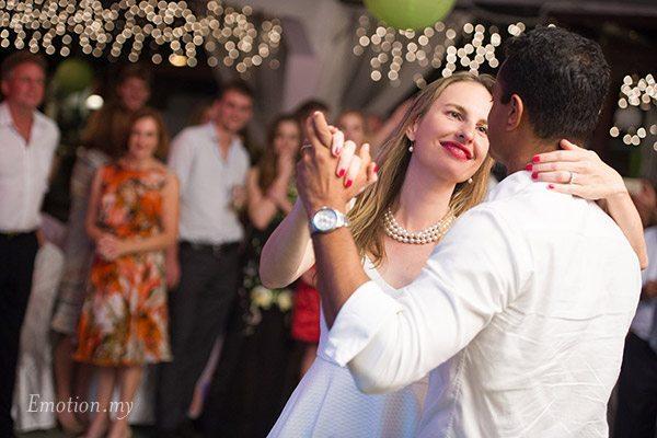 wedding-reception-first-dance-kuala-lumpur-vijendra-amber