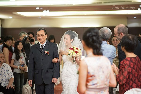 christian-wedding-ceremony-processional-shin-wei-chwee-ling