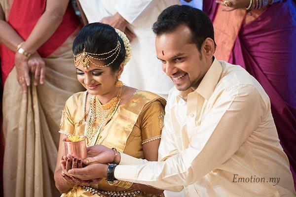 kerala-wedding-bride-groom-ceremony-kuala-lumpur-sanjeev-reshmi