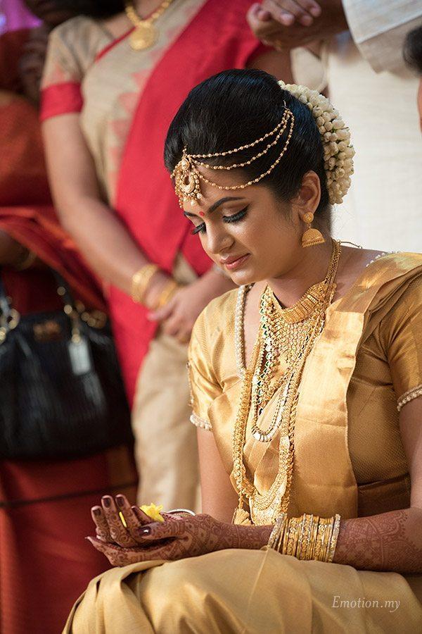 malayali-wedding-bride-ceremony-kuala-lumpur-sanjeev-reshmi