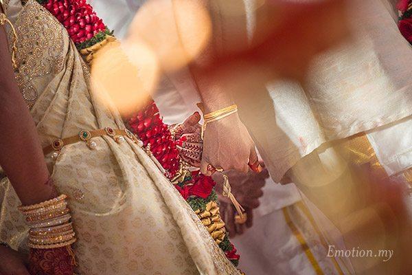 tamil-hindu-wedding-ceremony-pinky-finger-sutha-malar