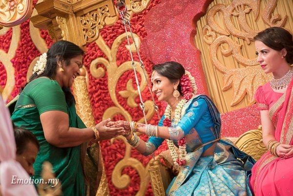 tamil-hindu-wedding-bride-ceremony-kuala-lumpur-malaysia-dave-jeeno