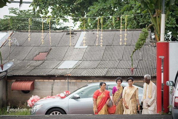 malayalee-bride-arrival-malaysia-mahend-preena-emotion-in-pictures-andy-lim