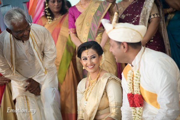 malayalee-wedding-ceremony-malaysia-mahend-preena-emotion-in-pictures-andy-lim