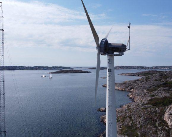 Dřevěná větrná elektrárna společnosti Modvion na ostrově Björkö u Göteborgu (Pohled do vnitřku věže větrné elektrárny společnosti Modvion (kredit Modvion)