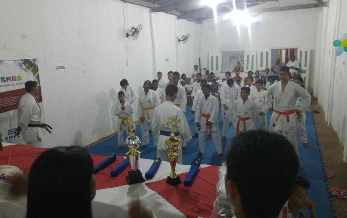2º Exame de Faixa de Karatê do Projeto Campeões do Aprender (2)