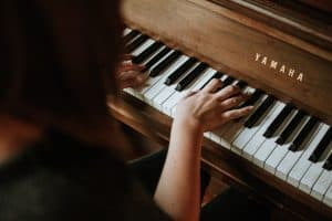 Learning piano as an adult: a guide