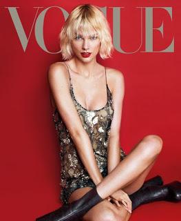Did Taylor Swift Dye Her Hair?