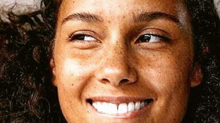 Why Alicia Keys Not Wearing Makeup