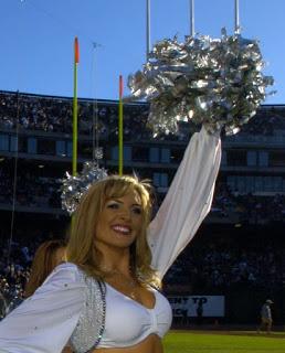 Elizabeth Barry Oakland Raiders Cheerleader