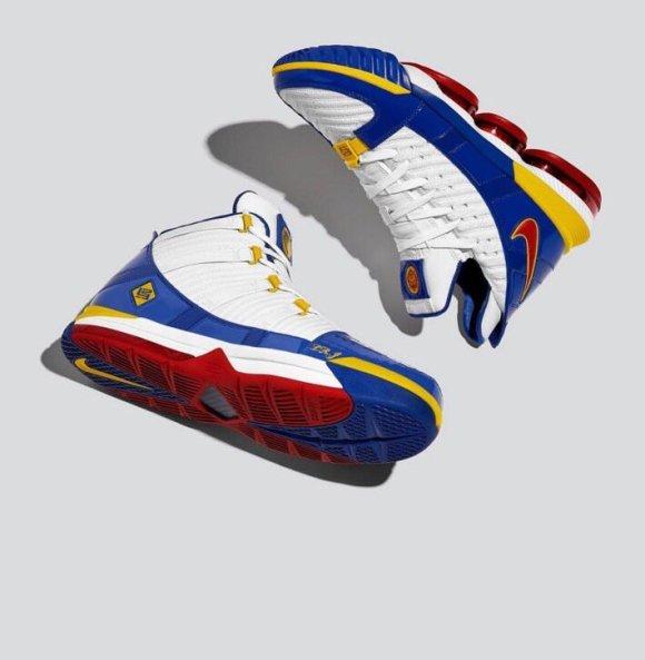 Nike LeBron Superman 16 Christmas Shoes