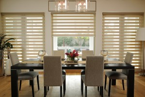 dining table background curtains blinds