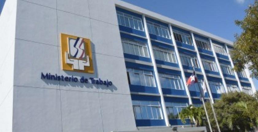 ¿Buscas empleos? Ven a la Feria de Empleo del Ministerio de Trabajo en República Dominicana invita a la feria de empleos en Distrito Nacional y puerto plata