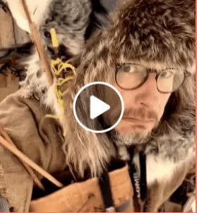 Stéphane Rousseau en survivaliste COVID-19