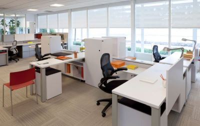 bureaux aménagés pour la covid-19
