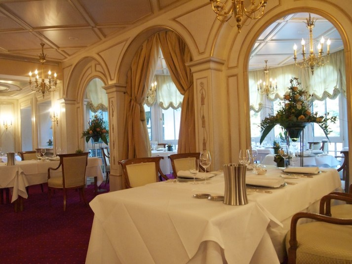 The Restaurant Sonnora- Attentive Service, Top Luxury and Delightful Food
