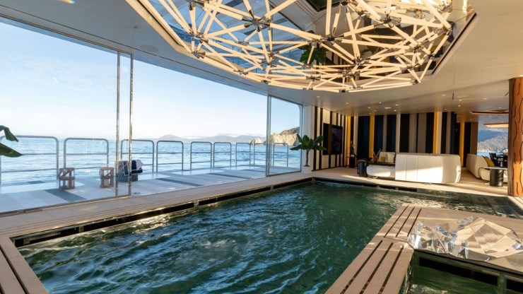 Welcome Aboard to the Magic on Luminosity Superyacht