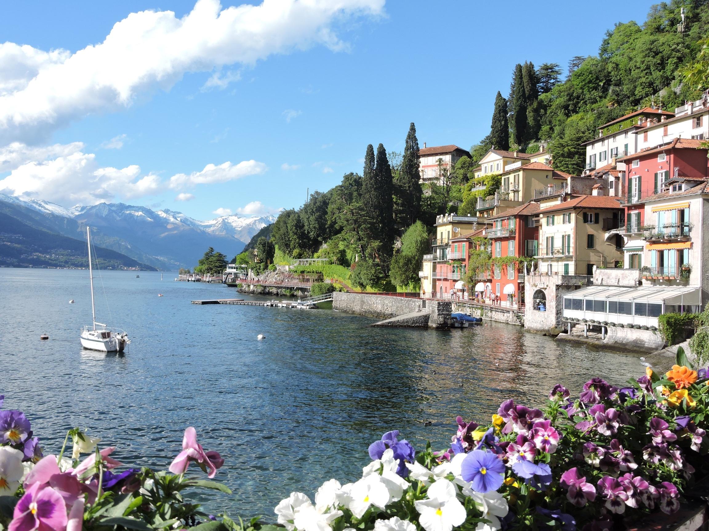 italy throughout ionian sea amalfi coast and lake como