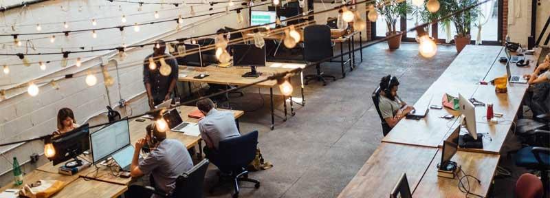 ¿Alquilar un local o un espacio de coworking u oficinas compartidas?