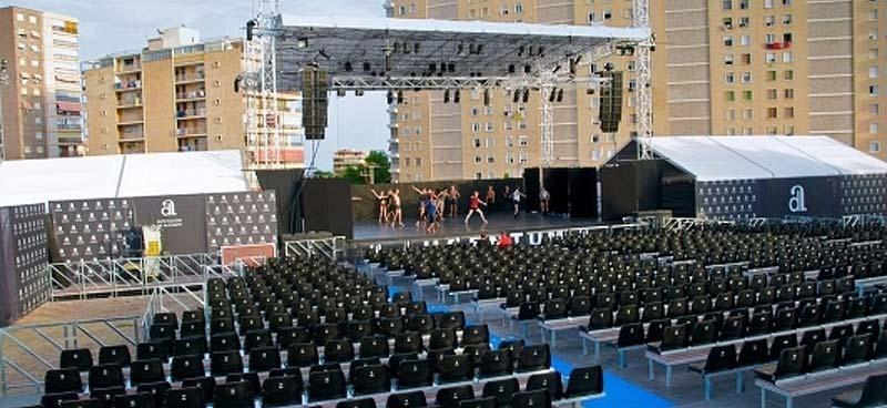 Montaje gradas para conciertos