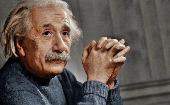 Einstein Bilinmeyen Yönleri