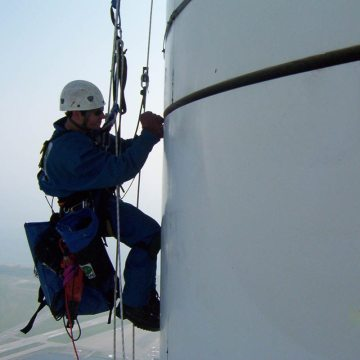 The glass-fiber reinforced jacket around the radio mast of 1800-ft tall CN tower required new joint gaskets. COLORSEAL by EMSEAL was used to seal the joints against extreme weather conditions including wind-driven rain and snow.