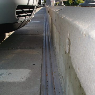The finished installation of DSM System addressed deck-to-wall conditions.