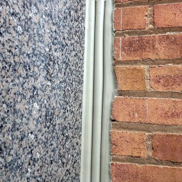 Got it Rough? You Need SEISMIC COLORSEAL for Rough-Faced Expansion Joint Substrates