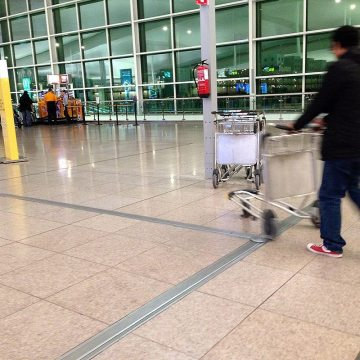 Airport floor expansion joints. Migutrans at El Prat, Barcelona