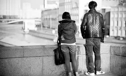 Cinco desventajas de salir con tu mejor amigo