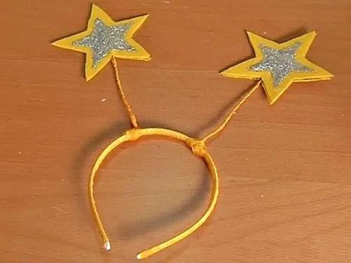 Como elaborar una bonita diadema para los juegos infantiles
