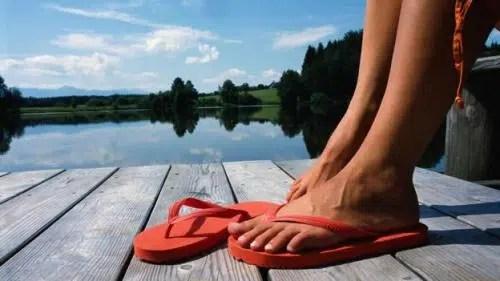Como prevenir la aparición de hongos en los pies