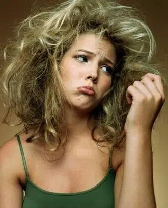 Como reparar un cabello quemado?