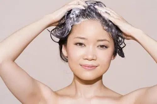 Cómo tener un cabello saludable durante el verano?