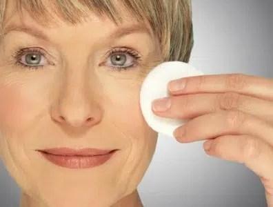 Consejos de maquillaje para mujeres mayores de 40, 50 y más allá