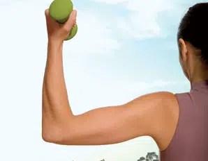 Elimina la flacidez de los brazos: ejercicios efectivos