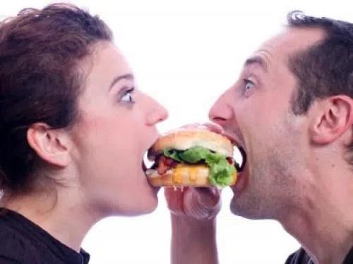 ¿Es verdad que el amor engorda?