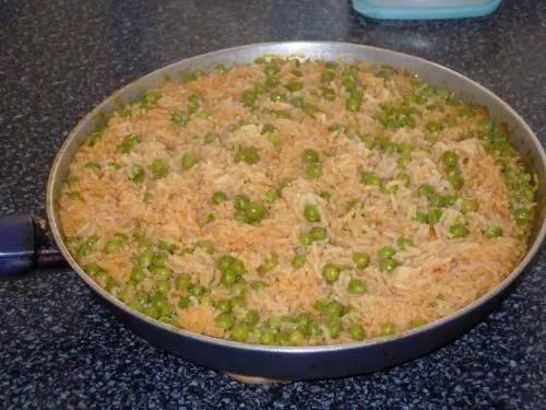 Guisantes con arroz