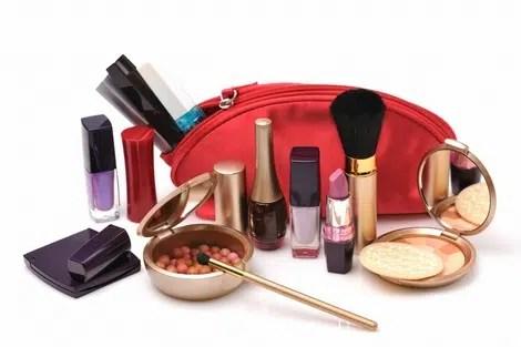 Limpieza y desinfección de monederos y bolsos de maquillaje