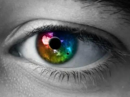 ¿Qué es la degeneración macular asociada con la edad?