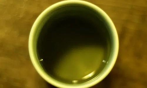 Razones por las que debes tomar té verde