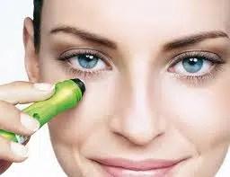 Reducir las  ojeras y las bolsas de los ojos para recuperar su frescura