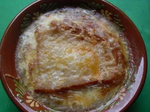 Sopa de cebolla y puerros