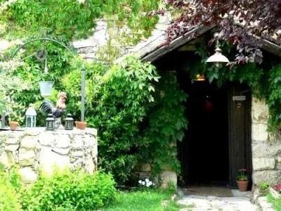 Un alojamiento pintoresco y con encanto: La Posada del Enebro