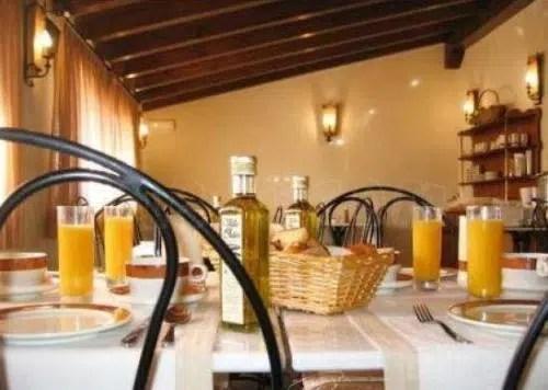 Un alojamiento rústico y acogedor: el Hotel Rural La Cabaña