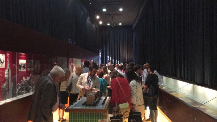 """Exposición """"30º Aniversario de Emvisesa"""" en la Logia del Ayuntamiento de Sevilla."""