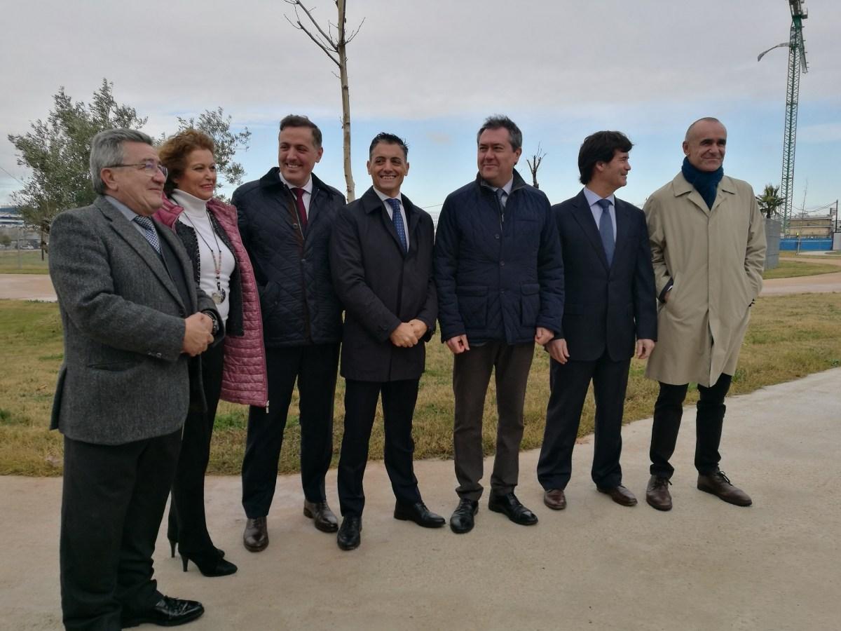 Arrancan las obras de las primeras 142 viviendas de un total de 2.000 en la Hacienda del Rosario, lugar en el que Emvisesa construirá 218 viviendas protegidas